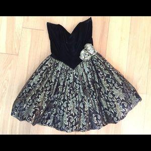 Xs 2 vintage party dress black gold strapless 50s